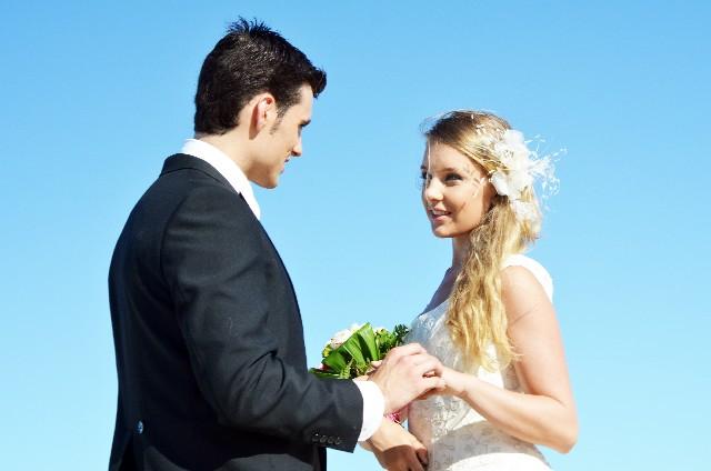 結婚式や披露宴に外国人の親族や友人を招待するビザ申請方法